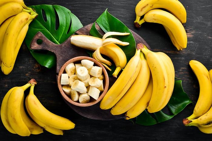 bearded-dragons-eat-bananas